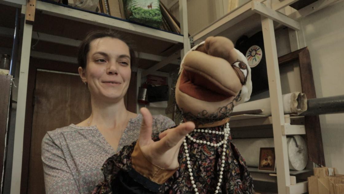 Puppenmeister bei der Arbeit